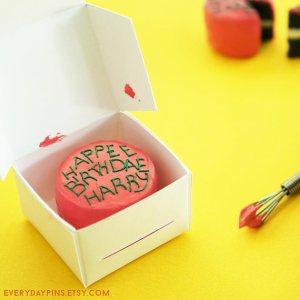 HP Bday Cake Ornament