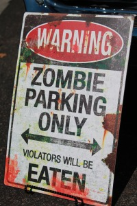 Zombie Parking - Avalon_Mists - Pixabay - CC0 Creative Commons